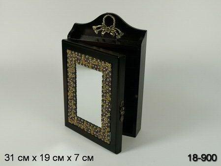 Купить Ключница *Зеркало* с ажурной рамкой в интернет-магазине подарков. Огромный выбор необычных подарков и сувениров широкого ценового диапазона!
