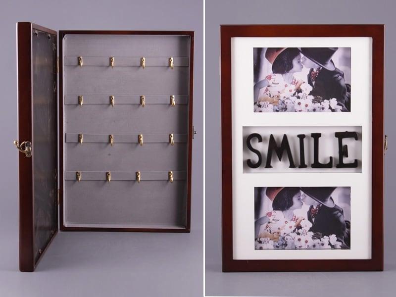 Купить Ключница настенная *Smile* в интернет-магазине подарков. Огромный выбор необычных подарков и сувениров широкого ценового диапазона!