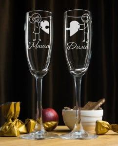 Набор фужеров для шампанского ПоловинкиФужеры с лазерной гравировкой, изготовленные на заказ<br>