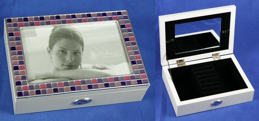 Купить Шкатулка для украшений с фоторамкой и цветным кантом в интернет-магазине подарков. Огромный выбор необычных подарков и сувениров широкого ценового диапазона!