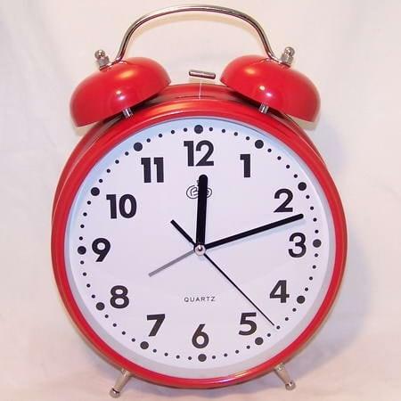 Купить Будильник - гигант (красный) в интернет-магазине подарков. Огромный выбор необычных подарков и сувениров широкого ценового диапазона!