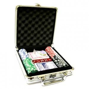 Набор для покера в кейсе на 100 фишек от Долина Подарков