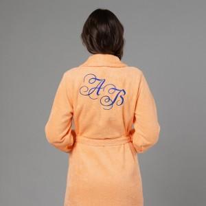 Женский халат с вышивкой Инициалы женский халат с вышивкой инициалы белый
