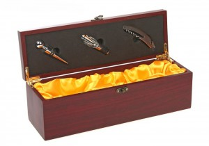 Винный набор - кофр коричневый на 3 предмета сувениры lider винный набор мяч