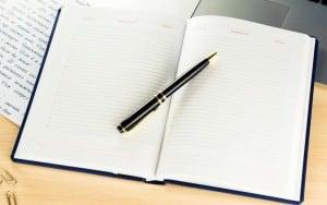 Именной ежедневник Деловой стиль бордовый делай ежедневник творческого человека