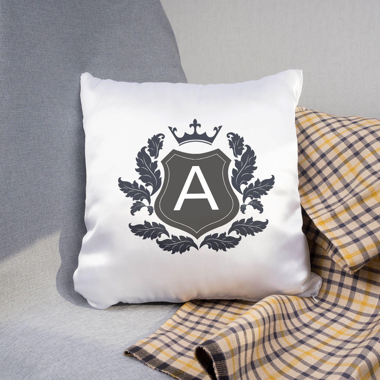 Подарочная подушка «Фамильный герб»